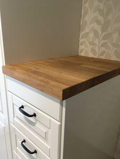 Ikea Bodbyn Metod hack Ikea Metod Kitchen, Bodbyn, Wooden Tops, Kitchen Hacks, Mudroom, Drawers, Vanity, Bathroom, Dressing Tables