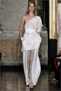 Spring Summer 2013: Emilio Pucci, Milano - click on the photo to see the complete collection and review on Vogue.it