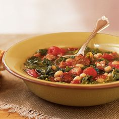 Sausage, Kale, and Bean Soup by Cooking Light. Cajun smoked sausage fires up a simple five-ingredient soup with smoky spice. Serve with crusty bread for a complete meal. Kale And Bean Soup, Sausage And Kale Soup, Turkey Sausage, Cajun Sausage, Chorizo Sausage, Cheese Sausage, Chicken Sausage, Rachel Ray, Broccoli