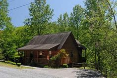 Pigeon Forge, TN: Pigeon Forge chalet rentals: Water's Edge - Wears Valley Chalet 152 is a secluded 1 bedroom, 1  bath chalet located about 7 miles from downtown Pigeon...