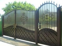Gate Wall Design, House Main Gates Design, Steel Gate Design, Front Gate Design, Railing Design, Fence Design, Metal Gate Door, Metal Driveway Gates, House Front Gate