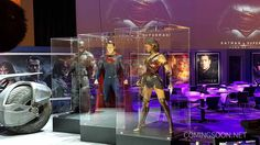 Batman v Superman Licensing Expo Display Reveals Closer Look at Wonder Woman's Costume - IGN