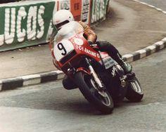 Sam McCLements,fallecido en 1989,en las road races de Carrowdore 100,Irlanda del Norte.