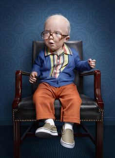 Photographer Zachary Scott has created an amazing series of kids photography ideas that depicts kids as seniors. Zachary Scott used makeup, prosthetics, and photo manipulation… for this classic kids photography, Kids Dress Up, Toddler Dress, Baby Dress, Zachary Scott, Young Old, Toddler Age, Print Advertising, Advertising Agency, Advertising Ideas