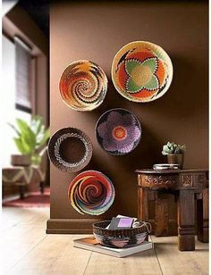 African decor continues to fuel patterns and designs. African decor is a huge umbrella term that takes in everywhere from Cote d'Ivoire to Morocco to Madagascar. Southwestern Decorating, Southwest Decor, Diy Home Decor, Room Decor, Art Decor, African Home Decor, Diy Casa, Deco Boheme, Unique Wall Art