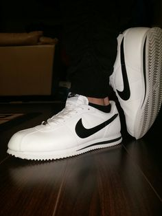 Nike Cortez White black shoes
