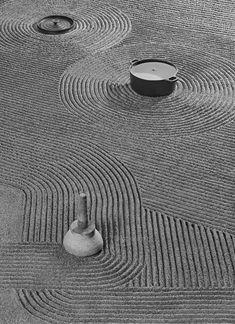 Japanese Garden Design, Japanese Art, Japanese Gardens, Art Japonais, Japanese Aesthetic, Land Art, Texture Art, Stone Art, Landscape Design