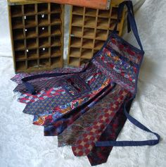 Necktie Apron. I have tons of ties. I am so doing this.