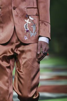 Gucci Menswear Spring Summer 2017 Milan via @nowfashion