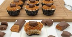 Butterfinger Cheesecakes