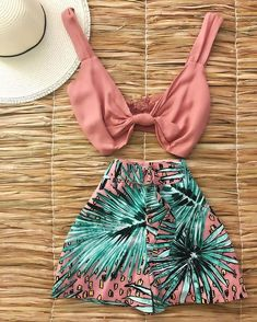 melissacalistri no Instagra Cute Summer Outfits, Cute Casual Outfits, Pretty Outfits, Stylish Outfits, Teenage Outfits, Teen Fashion Outfits, Girl Outfits, Tumblr Outfits, Swag Outfits