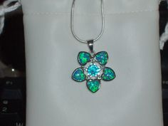 LOOK!!!! A BEAUTIFUL STERLING SILVER GENUINE AUSTRALIAN BLUE FIRE OPAL AND BLUE TOPAZ NECKLACE