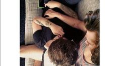 You are mine (Larry Stylinson ) - Fanfic Larry Stylinson, Larry Shippers, Louis Tomlinson, Fanfiction, Louis And Harry, Great Love Stories, Still In Love, Being Good, Best Couple