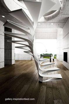 Escalera interior helicoide blanca ultra-moderna
