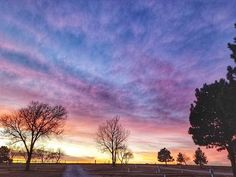 Reposting @spiritgemdesigns: This is an oldie but a goodie! I'm waiting for the beautiful sunsets to erase the gloomy evenings! #sunset #sunsets #sunsetsky #sunset_ig #sunset #sky #skylovers #skyporn #skypic #clouds #photooftheday #photo #photography #photographer #colorful #colors #nature #naturephotography #naturelovers #tree #trees #treesome #amazing #brilliant #blackhills #southdakota #southdakotagram #rapidcity #hifromsd #instagood