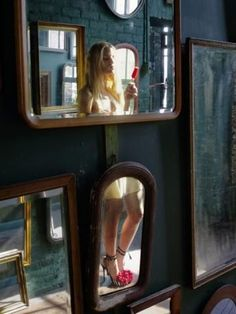 from: The Ballad of Shoe Dependency: Nan Goldin Shoots a New Ad Campaign for Jimmy Choo http://www.artinfo.com/photo-galleries/the-ballad-of-shoe-dependency-nan-goldin-shoots-a-new-ad-campaign-for-jimmy-choo
