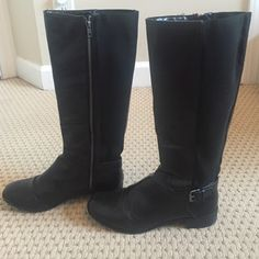 ***GREAT Condition Leather Riding Boots Women's 10 Great condition used zip-up black riding boots with buckle on the side! Very low heel made perfect for everyday! Bottoms show signs wear and a little around the toes but they've got tons of wear left! Super chic, classic and comfortable! Shoes Heeled Boots