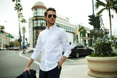 white-shirt-mens-street-style-dress-shirt-with-pocket-800x533