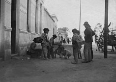 Italian shoe shine boys - engraxates - playing. Sao Paulo. 1910.