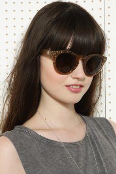 #Sunglasses #Summer #Fashion #ForLadies #Style  http://www.urbanoutfitters.co.uk/house-of-harlow-carmen-sunglasses/invt/5758423304004/