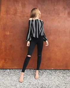 Casual Dinner Outfit: Off The Shoulder Striped Top With Black . Casual dinner outfit: off the shoulder striped top with black casual dinner outfit - Casual Outfit Casual Dresses, Casual Outfits, Cute Outfits, Club Dresses, Jean Outfits, Fashionable Outfits, Night Outfits, Work Outfits, Look Fashion