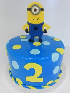 minion cake ideas | minions cake despicable me minion cake pops group shot familysweetery ...