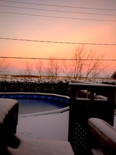 El invierno es rico con una fogata . Celestial, Sunset, Outdoor, Winter, Sunsets, Outdoors, The Great Outdoors, The Sunset