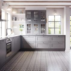 grey shaker Bodbyn Kitchen Grey, Ikea Kitchen, Rustic Kitchen, Kitchen Cabinets, White Shaker Kitchen, Shaker Style Kitchens, Grey Kitchens, Grey Interior Design, Restaurant Interior Design