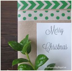 This is a beautiful Christmas gift packaging idea using washi tape!