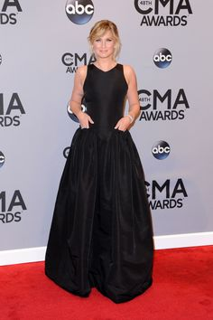 Fashion Hits And Misses From The 2014 CMA Awards