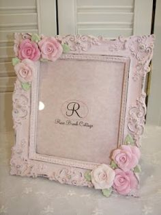 lovely shabby chic / vintage / cottage styled frame