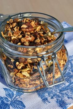 Slow Cooker Salted Caramel Almond Granola - The Seasoned Mom