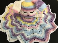 Surprise any mom-to-be with the super cute, and very cuddly bunny lovey. This pattern only uses basic stitches, and has lots of pictures to help beginners. Crochet Lovey Free Pattern, Crochet Patterns Amigurumi, Love Crochet, Crochet Gifts, Crochet Toys, Beautiful Crochet, Crochet Security Blanket, Lovey Blanket, Baby Blanket Crochet