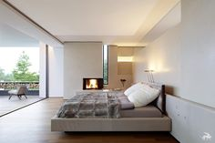 SU House / Alexander Brenner Architects / Mater bedroom