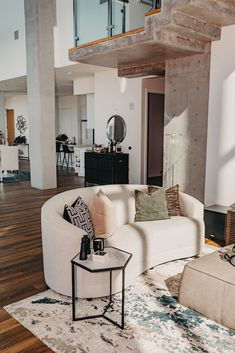 Discovery, Oversized Mirror, Chairs, Couch, Furniture, Home Decor, Style, Swag, Settee
