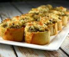 Crispy Cheesy Mushroom Bites - Kitchen Divas - Recipes and household tips Appetizers For Party, Appetizer Recipes, Stuffed Mushrooms, Stuffed Peppers, Grilled Mushrooms, Foie Gras, Appetisers, Food And Drink, Easy Meals