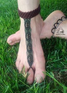 Macrame barefoot sandal bracelet with ring by byLaughingBuddha