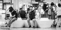 In the Mall, Waiting Mall, Waiting, Photography, Photograph, Fotografie, Photoshoot, Fotografia, Template