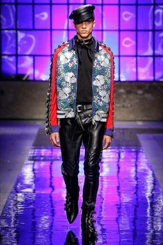 DSquared2 - Look 11 Cintura e bomber jacket