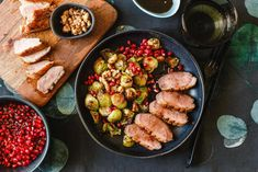 Gránátalmás kacsamell sült kelmbimbóval   Lila füge Grill Pan, Kung Pao Chicken, Ratatouille, Grilling, Ethnic Recipes, Griddle Pan, Grill Party