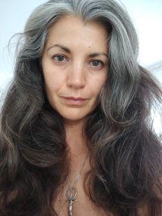 Silver...Gris...Grey hair...salt and pepper...