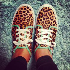 I'm not usually a fan of Cheetah/Leopard print, but these are to DIE FOR!