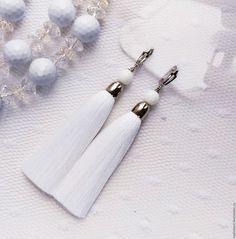 """Купить Серьги кисти """"Белые ночи"""" - белый, серьги, сережки, серьги купить, сережки купить"""