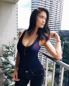 Showing off famous actresses, singers, models, athletes and other beautiful celebs. Pia Wurtzbach Swimsuit, Bikini Babes, Top Celebrities, Celebs, Sophie Tweed Simmons, Steam Girl, Gucci Dress, Chloe Grace Moretz, Glamour