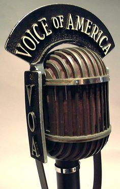 Microphone 1940 par haut-parleur.