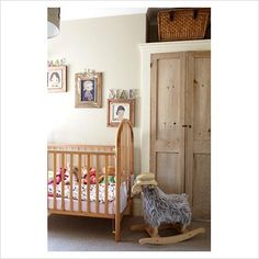 GAP Interiors - Classic childrens room - Picture library specialising in Interiors, Lifestyle & Homes