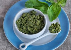 Hemp-seed Pesto || There's no excuse for buying pesto when you can make your own so quickly, plus it always has better flavour. Usually pesto is made with pine nuts but I use hemp seeds in this recipe instead, which are packed with omega-3 and omega-6 fatty acids. This is such a versatile recipe. You can mix it in with gluten-free pasta, spread on rye bread, or serve on portobello mushrooms or a freshly made caprese salad.