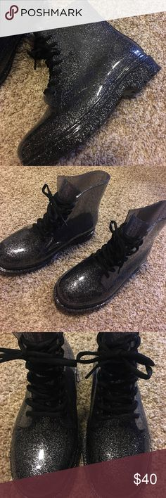 chunky combat rain boots these chunky, black sparkly see through combat style rain boots from Urban Outfitters are in awesome condition! they're a size 8 and have only been worn once Urban Outfitters Shoes Winter & Rain Boots