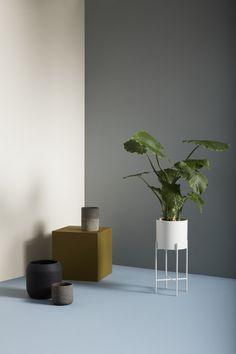 """Plantenstandaard """"White""""   Hübsch Interior   By Zenz"""