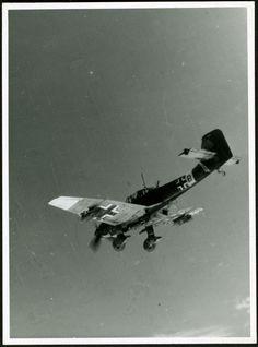 JU-87 start diving death